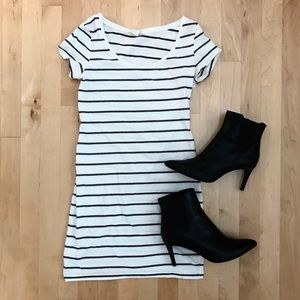 H&M Basic b&w Striped Dress